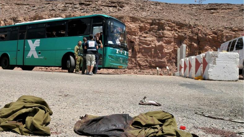 W zamachach nad granicą z Egiptem zginęło siedem osób