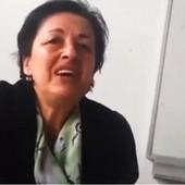 """VI STE DEBILI KLASIČNI"" Reči nastavnice iz Crne Gore usijale društvene mreže, jedni je napadaju, a drugi BRANE (VIDEO)"