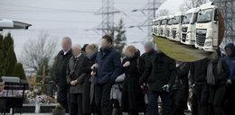 Płakało nawet niebo. Pogrzeb ofiar masakry w Ząbkowicach Śląskich