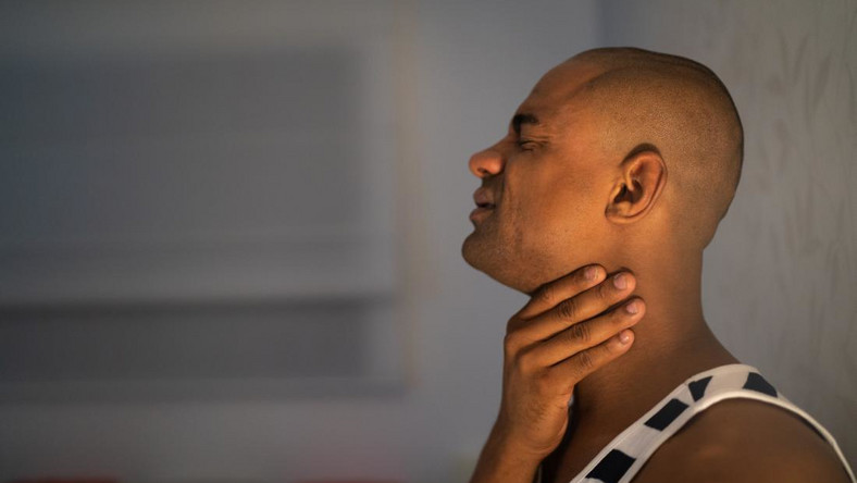 How to prevent sore throat [Medical News Today]