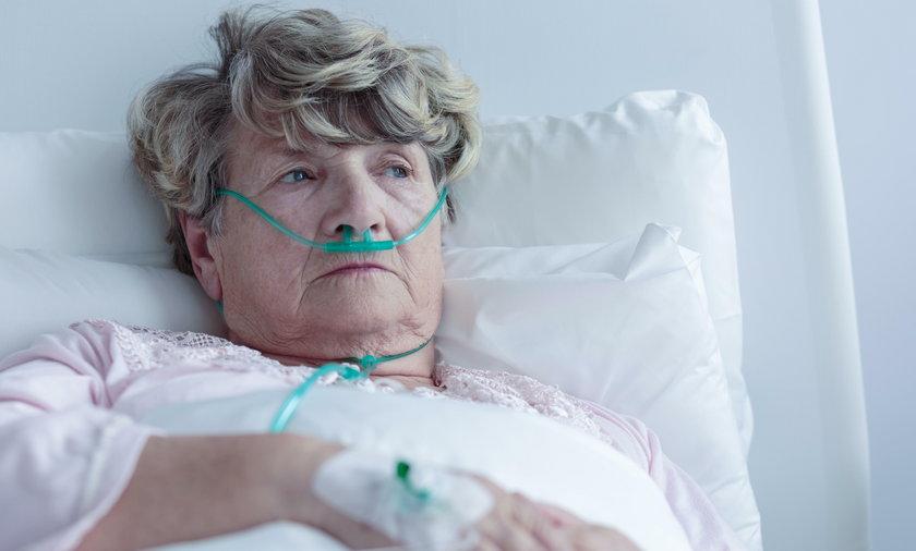 Umierała na białaczkę, lekarka kazała jej brać żelazo. Fot. ilustracyjne