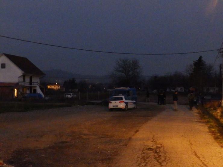Kraljevo 02 - Mesto zločina - selo Ratina - Foto N. Božović