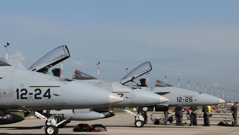 Bez porozumienia ws. przejęcia przez NATO operacji w Libii