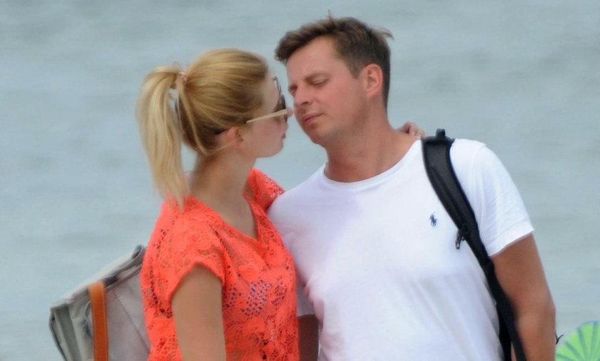 Izabela Zwierzyńska z mężem nad morzem