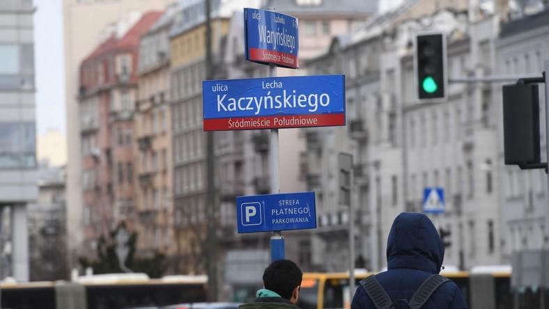 Zaklejona nazwa ulicy
