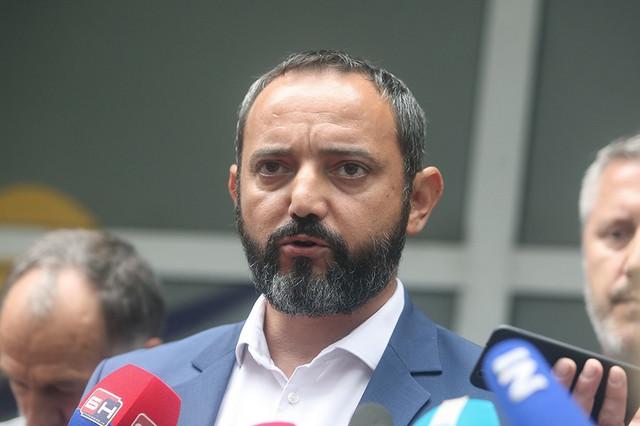 Siniša Vukelić