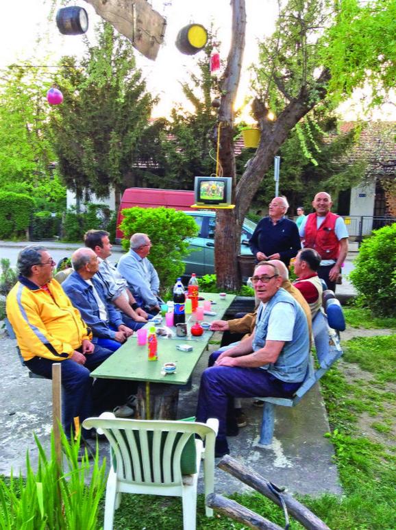 Prenos: Utakmice gledaju u parku, a ne kod kuće