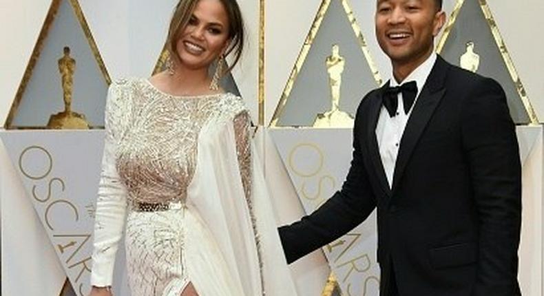 John Legend, Chrissy Teigen on the Oscars 2017 red carpet