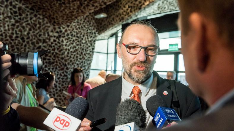 Mateusz Kijowski rezygnuje: przyjęto nieprawdziwego sprawozdanie finansowe