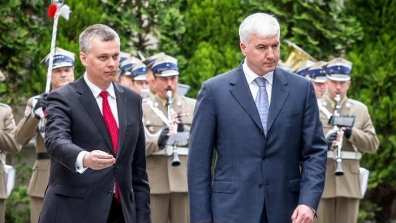 Tomasz Siemoniak (z lewej), fot. AFP