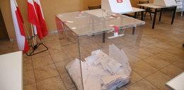Wybory prezydenckie na Śląsku. Członek komisji fałszował karty do głosowania!