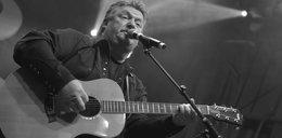 Nie żyje znany piosenkarz. Miał koronawirusa