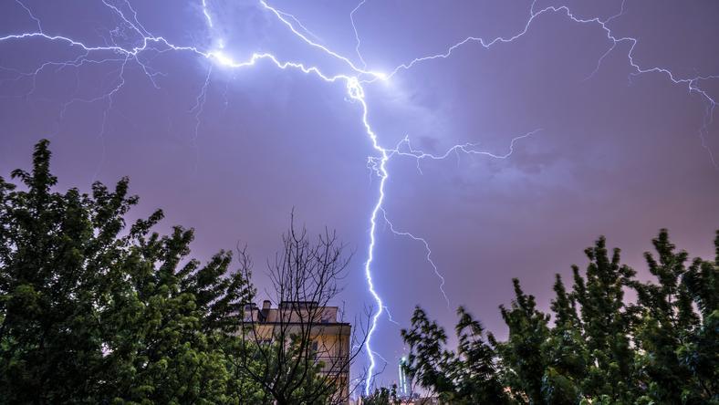 IMGW ostrzega przed burzami nad morzem