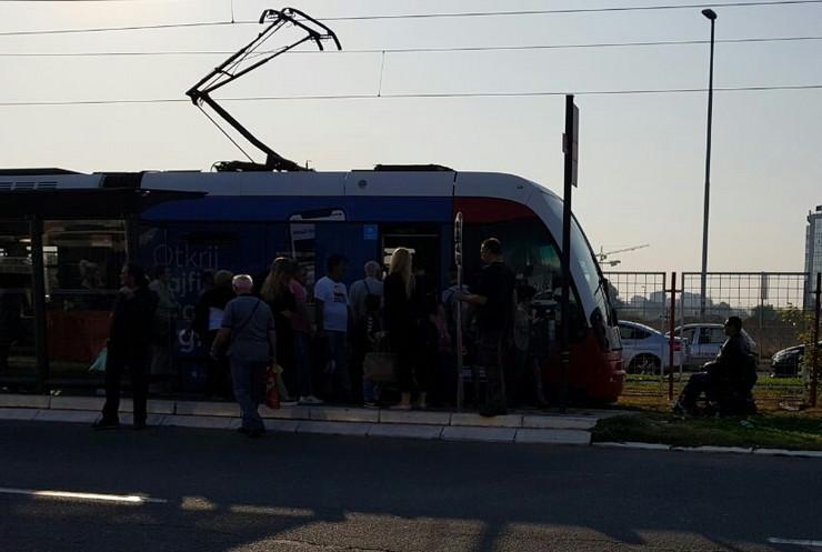 invalid tramvaj blokada