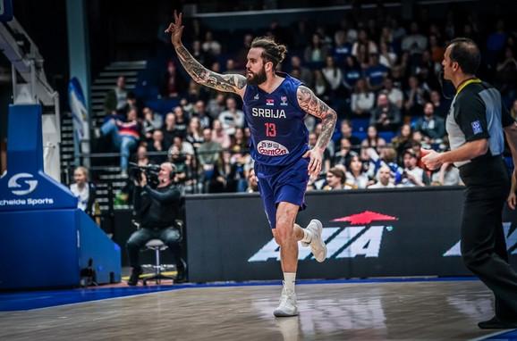 Raduljica na meču Finska - Srbija na startu kvalifikacija za Evrobasket