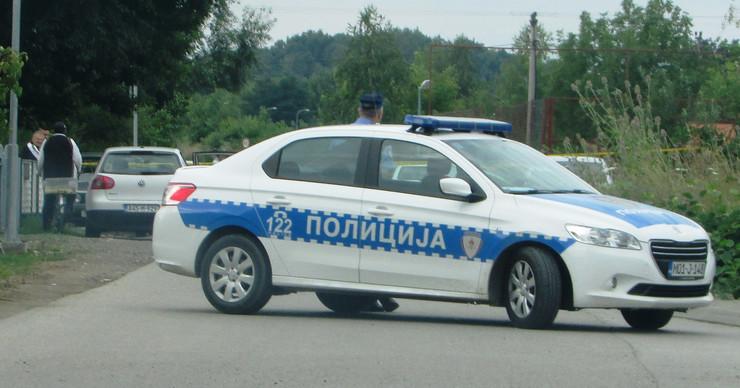 Gradiska Policija uvidjaj zbog ostecenih automobila