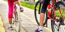 Czy jadąc na rowerze trzeba mieć założoną maseczkę?