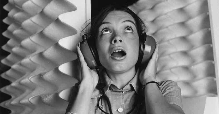 Kiedy słuchawki mogą przyczynić się do utraty słuchu