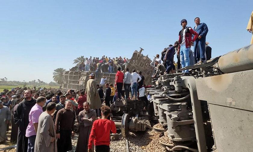 Egipt. Zderzenie pociągów. 32 osoby nie żyją. Wielu rannych