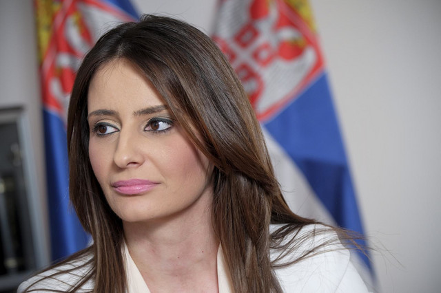 I ministarska plata i naknade za dva članstva: Nela Kuburović