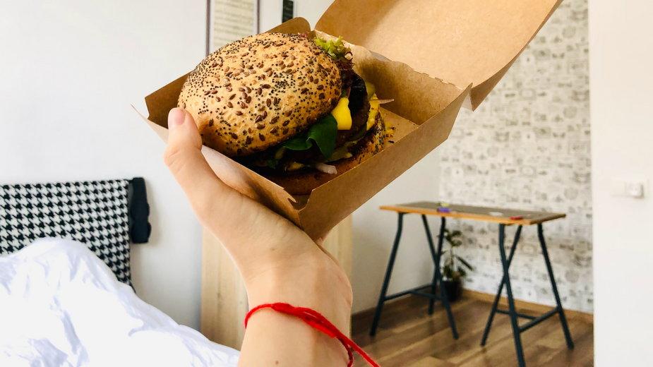 Szpital w Libanie będzie karmił pacjentów tylko wegańskimi posiłkami