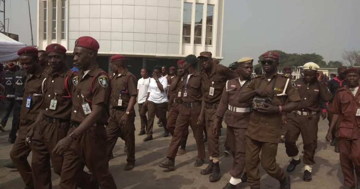 Man arrested over alleged impersonation as Amotekun corps recruiter in Oyo - Pulse Nigeria