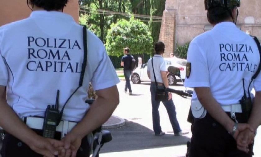 Strażnicy miejscy mdleją na ulicach