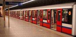 Groźny wypadek w metrze. Nie działają trzy stacje