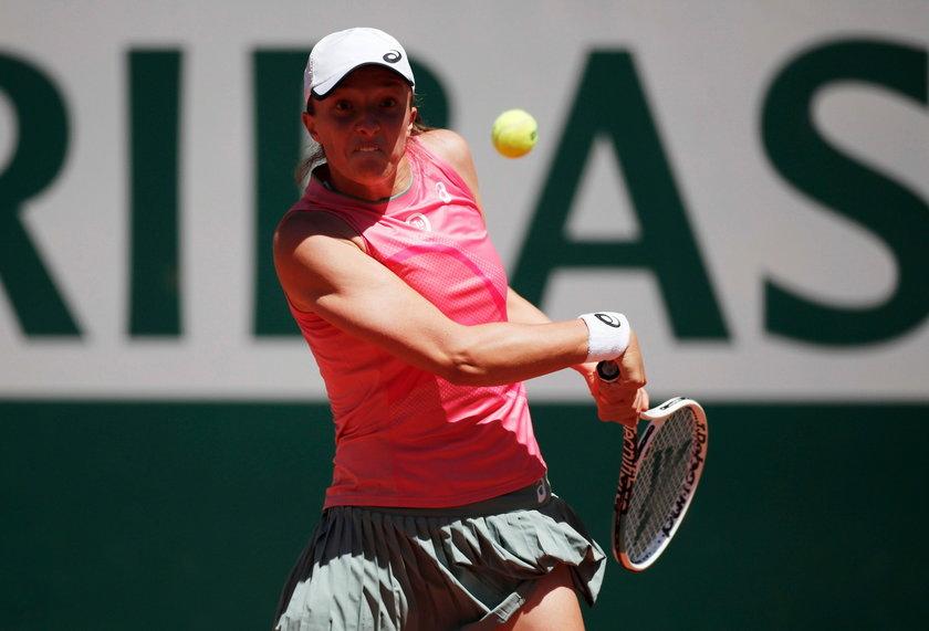 Jesienią ubiegłego roku triumfowała we French Open bez straty seta!