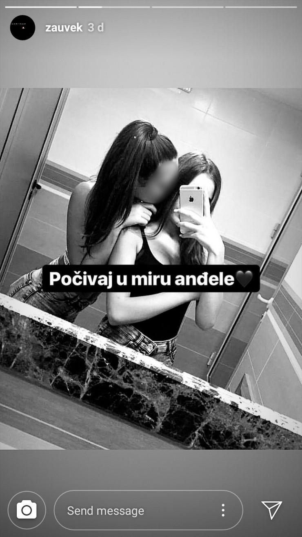 BLUR devojcice instagram S. S.