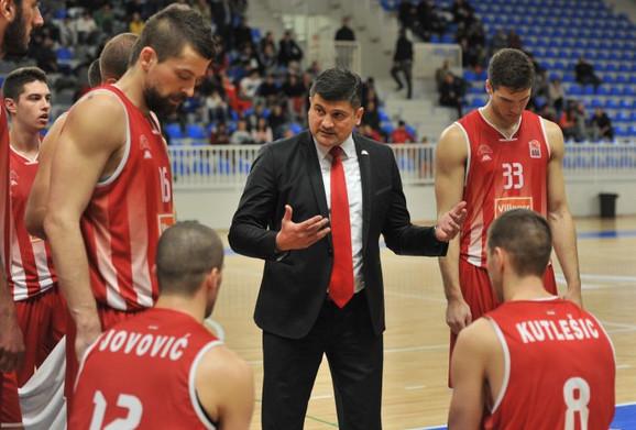 Vladimir Đokić sa izabranicima