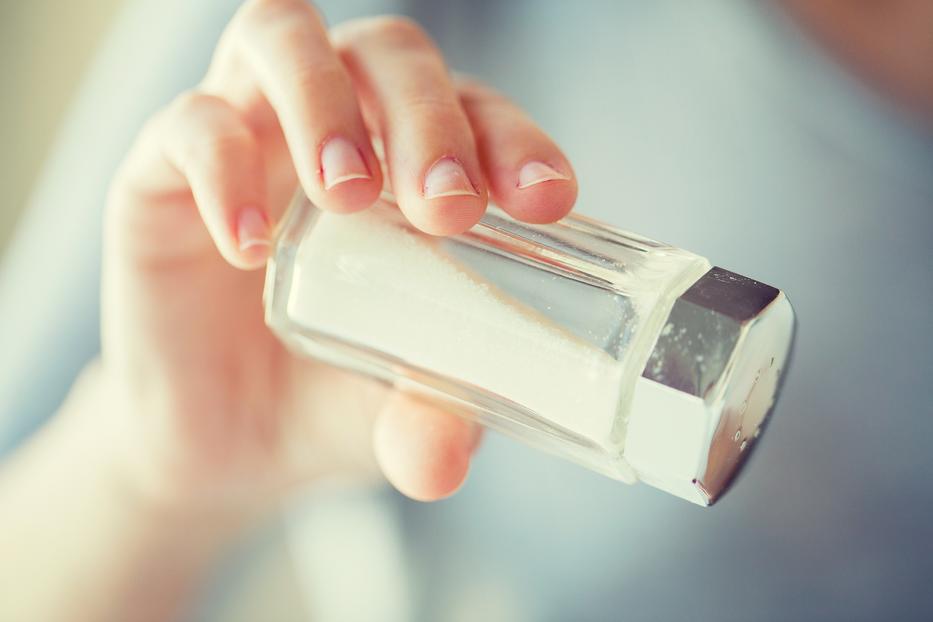 mennyi sót lehet használni magas vérnyomás esetén a fej önmasszírozása magas vérnyomástól