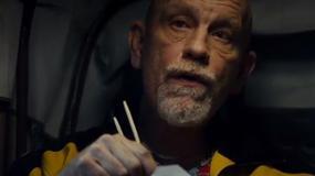 John Malkovich w klipie Eminema