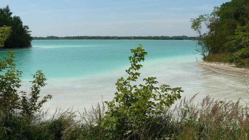 Krajobrazy jak z Chorwacji. W Polsce mamy Lazurowe Jezioro