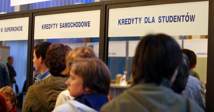 Oprocentowanie kredytów może wzrosnąć szybciej niż oficjalne stopy procentowe NBP w Polsce