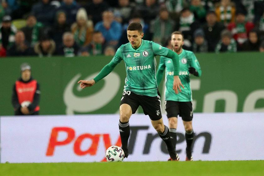 Vuković sparzył się przed rokiem, kiedy pięć kolejek przed końcem sezonu zespół Warszawy również przywiózł z Gdańska trzy punkty i został samodzielnym liderem.