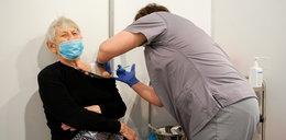 Pani Janina dostała drugą dawkę szczepionki. To jedna z pierwszych seniorek w Polsce