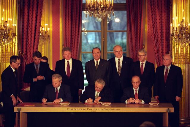 Paraf: Milošević, Tuđman i Izetbegović u Dejtonu 1995.