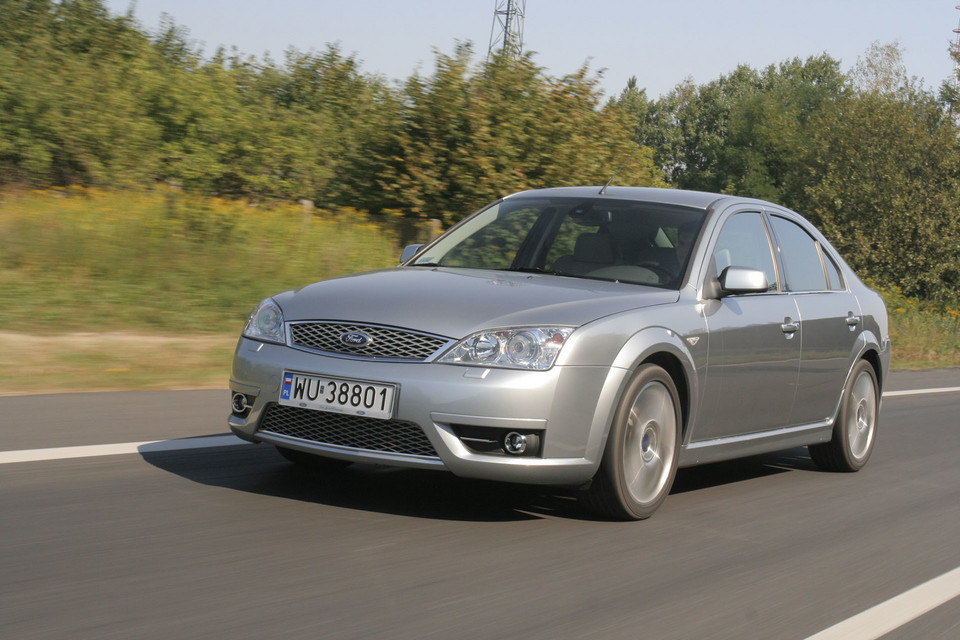 Ford Mondeo ST220 3.0/226 KM