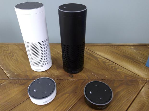 """Mówicie: """"Alexa, o której mam następny autobus"""", mikrofony wychwytują dźwięk, procesor odgaduje sens naszych słów, następuje wyszukanie informacji w sieci, a potem syntezowanym głosem otrzymujemy informację zwrotną"""