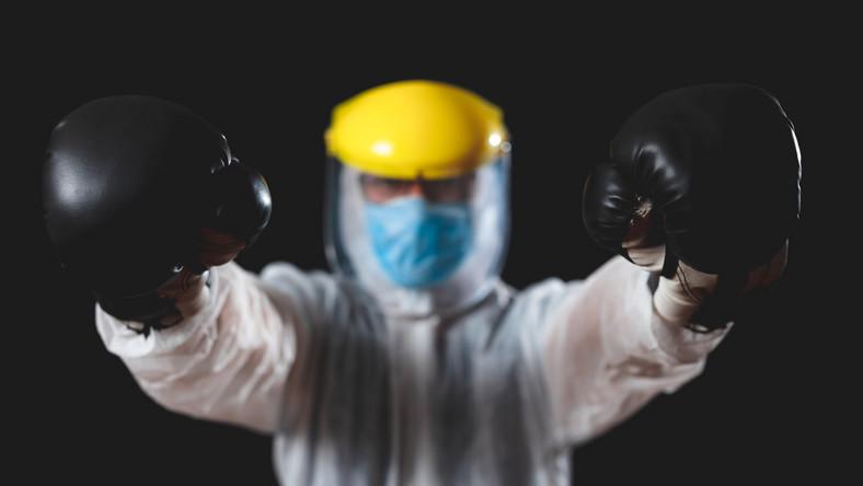 Niemieccy bokserzy zakażeni koronawirusem