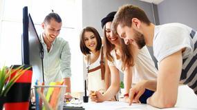 Studenci mogą przebierać w ofertach pracy