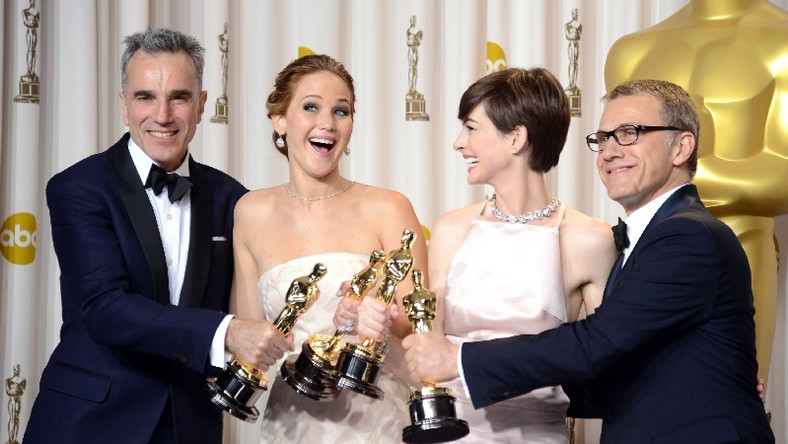 Daniel Day-Lewis, Jennifer Lawrence, Anne Hathaway i Christoph Waltz (fot. Getty Images)