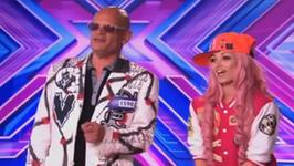 """Nietuzinkowa para w """"X Factor""""; Michał Wiśniewski skarży się na emeryturę - flesz muzczny"""