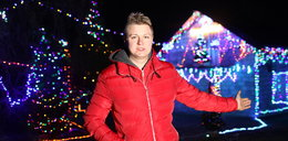 Oświetlił dom na święta 50 tysiącami lampek!