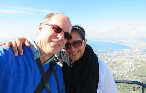 Bračni par sa jednog od mnogobrojnih putovanja
