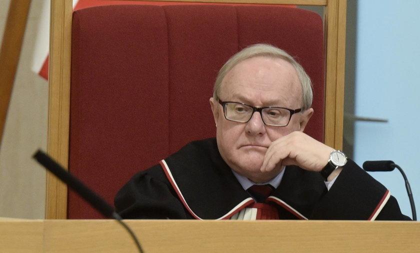Czarne chmury nad byłym sędzią TK? CBA pyta o jego zarobki