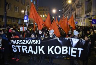 'Czarna Środa'. Protesty ws. zmian przepisów dot. aborcji w wielu miastach Polski