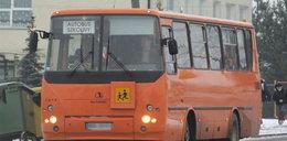 Wypadek autobusu z dziećmi, 4 osoby ranne!