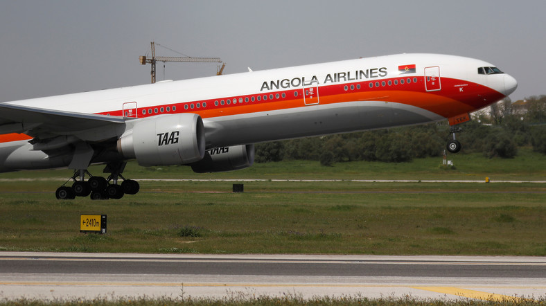 A TAAG Angola Airlines Boeing 777-300ER plane takes off from Lisbon's airport, Portugal April 24, 2018.